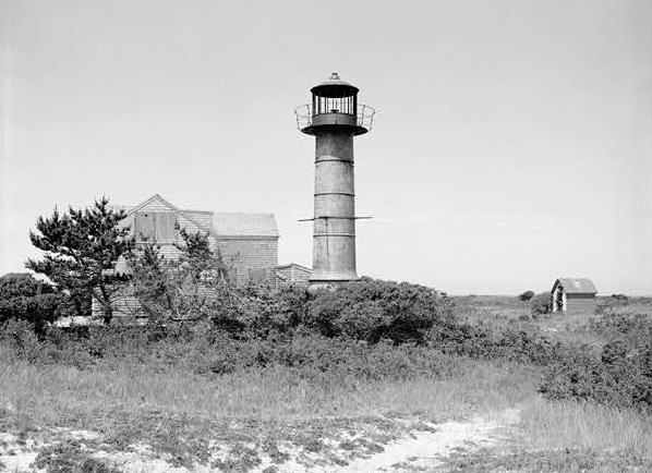 monomoy point light station