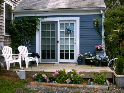Private and well maintaind Cape Cod Hide away! (MP005) perfect-for-1cozy-for-2a-cape-cod-escape-mp005_carol@capecodusarealestate.com