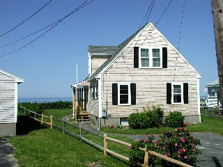 Waterfront 3 Bedroom 2 full bath home at Cape Cod Bay waterfront-home-with-awesome-views-of-the-beach_sanddollar