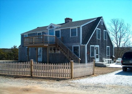 Truro Rental Sleeps 6 truro-rental-sleeps-6-close-to-beaches_capelinks