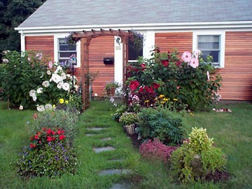 A Walk to the Beach Summer Cottage the-hibiscus-beach-house-at-lewis-bay_CapeCodParadise