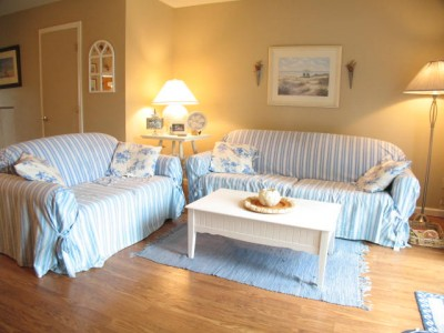 Ocean Edge Condo Sleeps 6 ocean-edge-cape-cod-summer-rental_Bernie